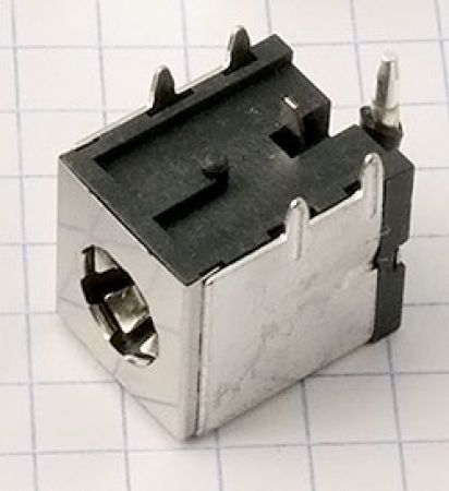 PJ009 (3.0mm)